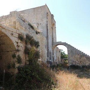 bastione e ponte levatoio