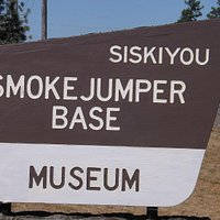 Sign located at the museum entrance.