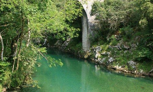 A roman bridge in the river of Panes