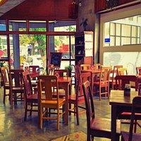 Gaia Art & Café