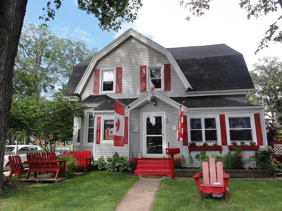 Charlottetown Backpackers Inn Prices