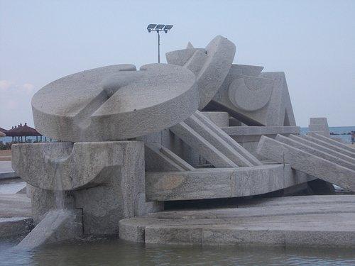 fontana nave di cascella