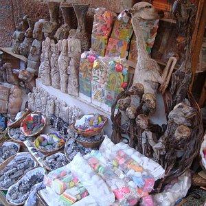 """""""Witches Market"""" at Calle Sagarnaga"""