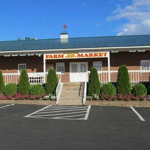 View of the Farm Market from the parking lot
