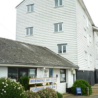 Woodbridge Art Club next to the Tide Mill