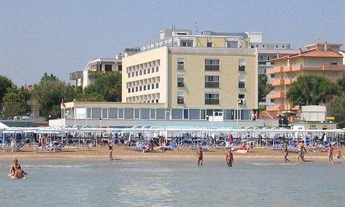 vista dal mare spiaggia 129 Riccione