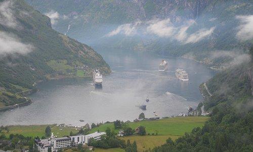 Vue du fjord depuis la route