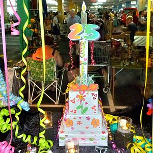 Carboot's 25th Birthday-Best decorated stall in the FABULOUS category! Well done Julie DeNardi!!
