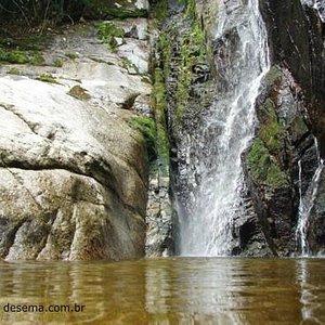 Cachoeira do Segredo nos Altos de São Bento - Sana