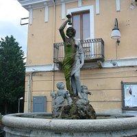 Fontana presso Piazza Corfinio