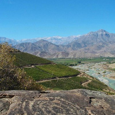 Vista desde la cima y hacia el Valle de Aconcagua