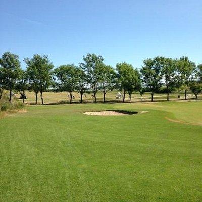 meget flot og velholdt golfbane