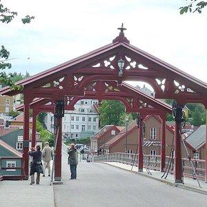 Old Town Bridge 1