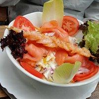 insalata di gamberetti e salmone