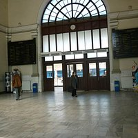 The main hall in the train station