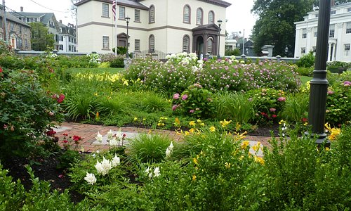 Patriots Park Garden 2 - Touro Synagogue