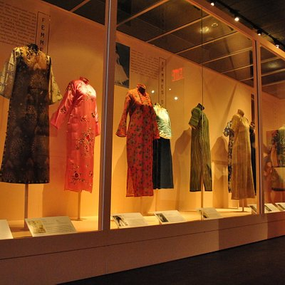 Shanghai Glamour exhibition now on till Sept 29 2013