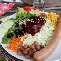 insalata con wurstel