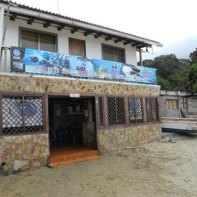 Fachada Scubatec Dive Center