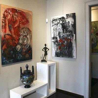 Artemis Gallery.