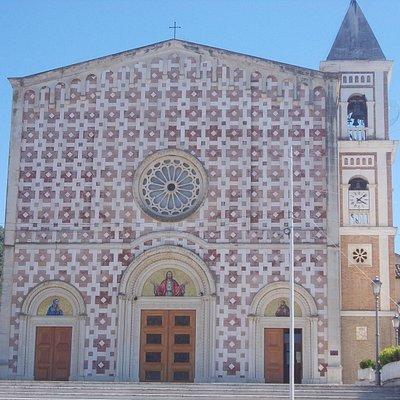 santuario volto santo - facciata 1