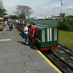 lakeside train handy from pier to funland