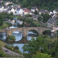 Blick von Schadeck auf die Mittelalterliche Brücke Runkel