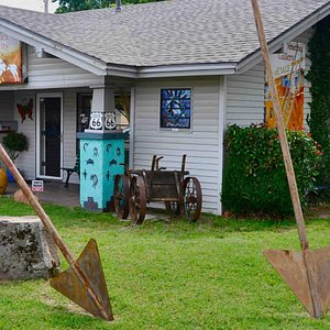 Native America Gallery & Gifts     3823 North College Avenue, Bethany, OK 73008