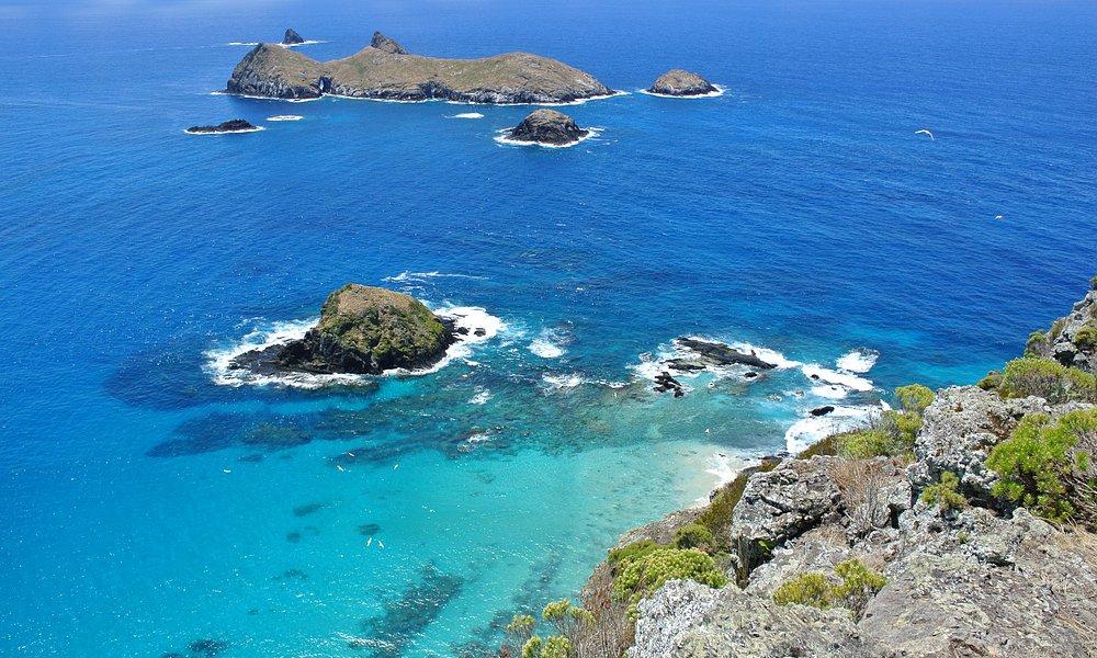 Admiralty Islands from Malabar cliffs