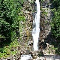 Les chutes Jean-Larose (main falls, Jean-Larose River)