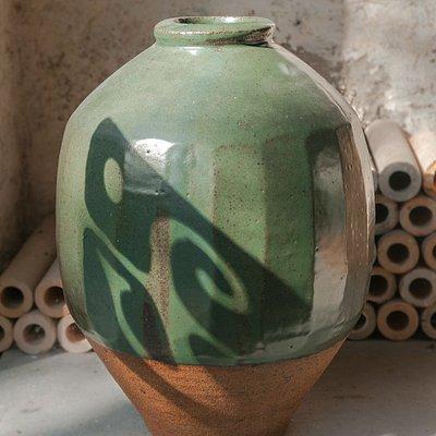 Bernard Leach pot