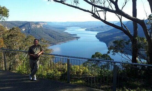 the lake lookout about 20 mins drive from camden