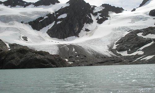 glaciar vinciguerra y laguna de los tempanos