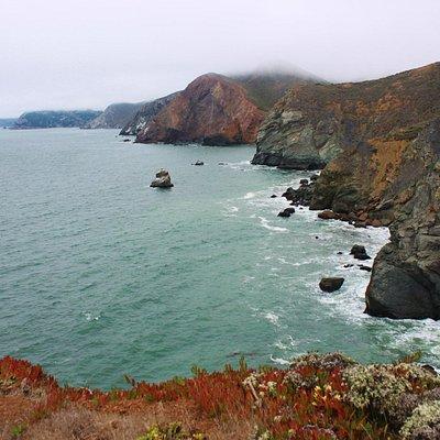 Coastline along the short 1-mile trail
