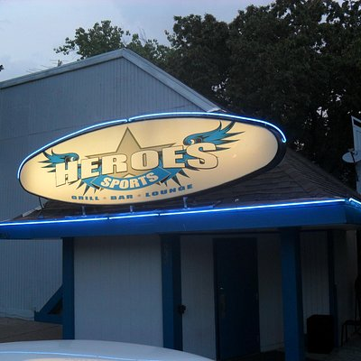 Heroes Sports Grill Bar & Lounge