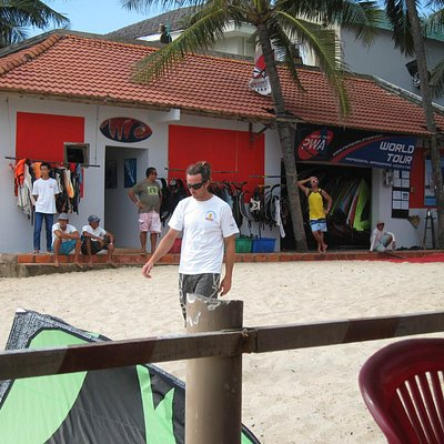 Jibes equipment building and toilets right on the beach