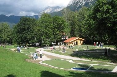 karwendel-golf-mittenwald Hütte