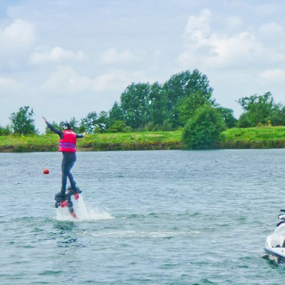 Brilliant first session on a flyboard, thanks to the team at NFT Six Hills.
