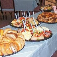 Food Service Catering For Your Family Event