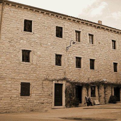 """MUSEO GALLURAS """"il museo della femina agabbadora"""""""