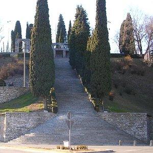 Monumenti ai Caduti - Largo Clerici, Erba, Como, Italia