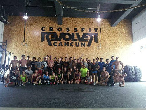 Awesome Community CrossFit Revolver Cancun