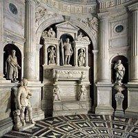 San Giovanni a Carbonara - cappella somma