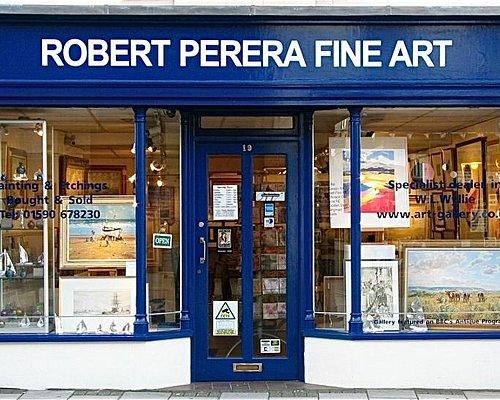 Robert Perera Fine Art Gallery in Lymington
