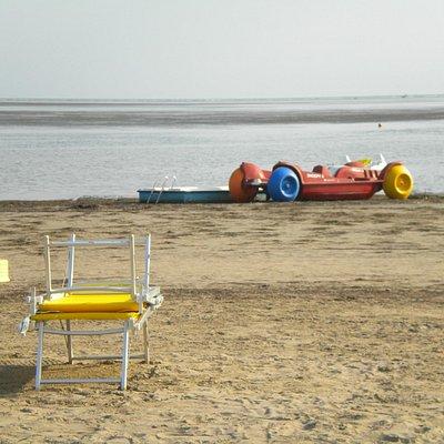 Bassa marea e pedalò