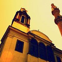 çan kulesi ve minare