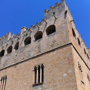 Vue façade Valderrobres