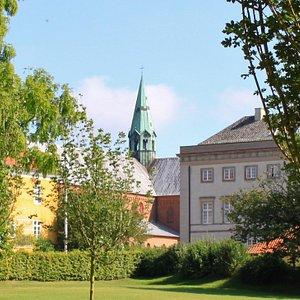 Akademihaven - view towards school and church.