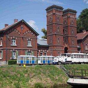 Canal du Centre Historique - Salle des machines à Bracquegnies