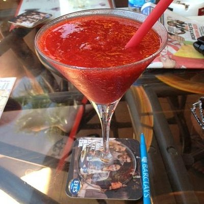The BEST strawberry daiquiris in the area!!